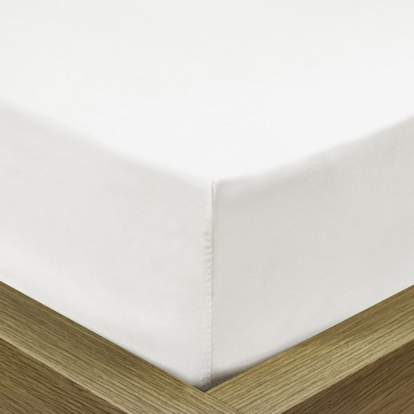 Percale Polycotton 'Superdeep' Fitted Sheet-0